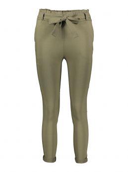 Pantaloni elastici con cintura