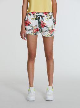 Shorts con elastico