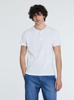 T-Shirt con collo coreano