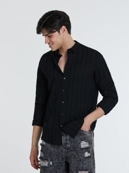 Camicia con trame a rilievo