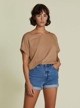 T-Shirt modello ampio