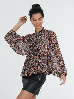 Blusa floreale con maniche ampie