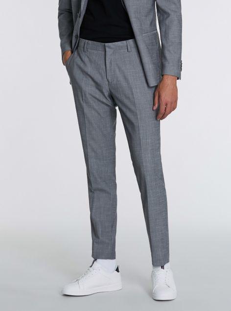 Pantaloni chino taglio classico