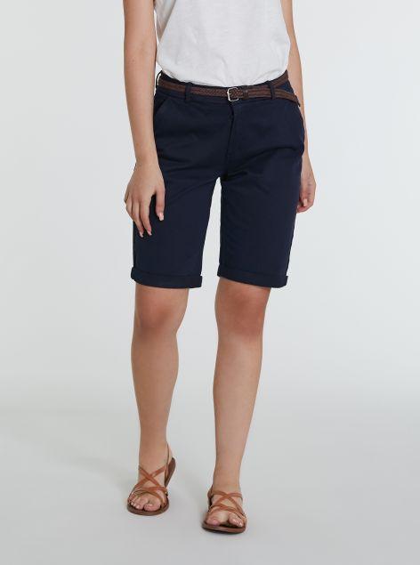 Shorts chino con cintura