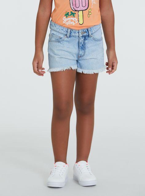 Shorts con orlo sfilacciato
