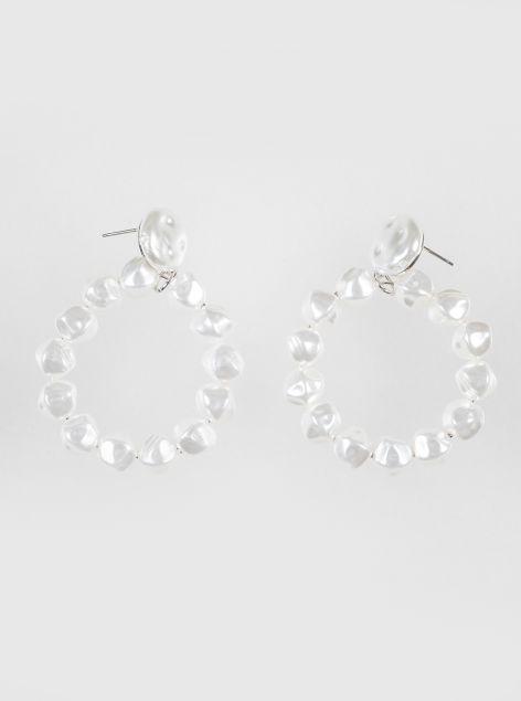 Orecchini effetto perle