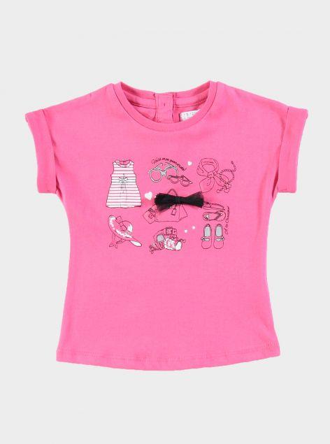 T-Shirt con stampe ed applicazioni