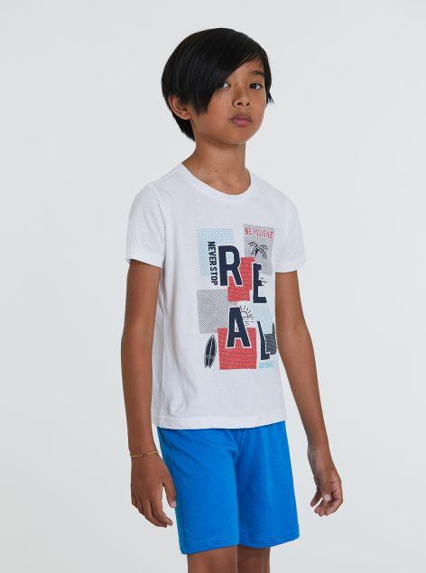 Completo T-shirt e bermuda con stampe