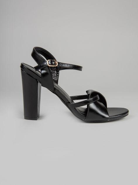Sandalo ecopelle lucida