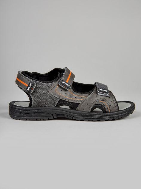 Sandali con strappi