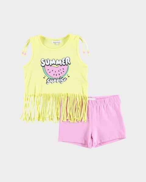 Completo t-shirt e shorts