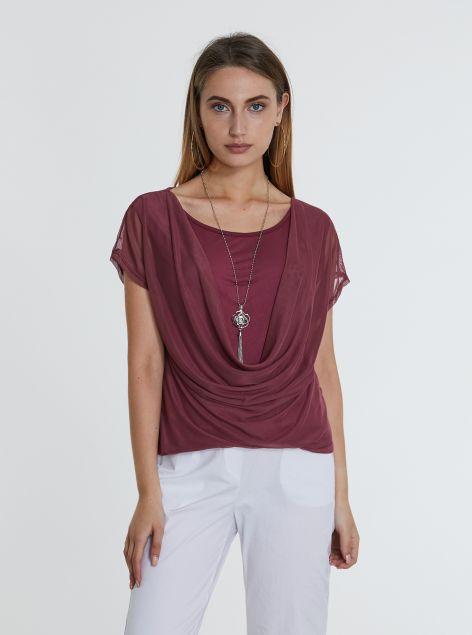 T-Shirt con collana e fascia in vita