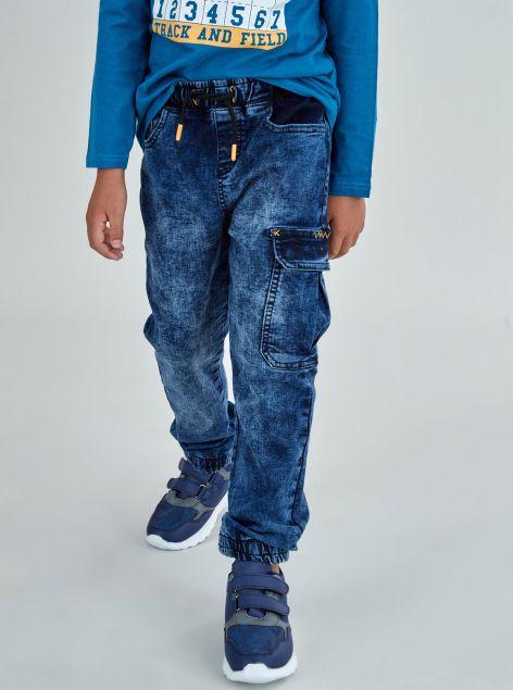Jeans con lacci