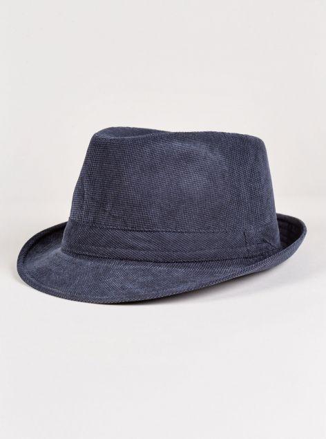 Cappello in velluto strutturato