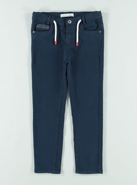 Pantaloni con lacci