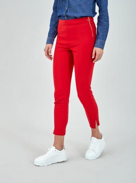 Pantaloni con cuciture
