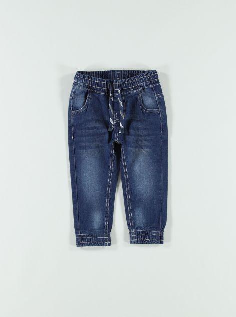 Jeans con laccio in vita