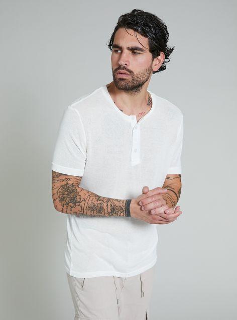 T-Shirt con bottoni