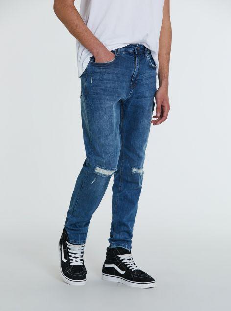 Jeans slim-fit con strappi