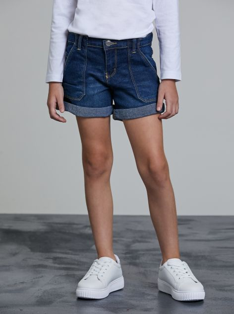 Shorts in denim con risvolti