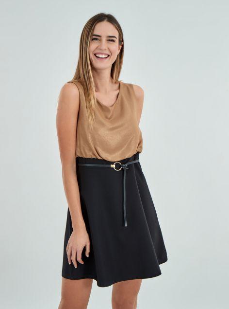 Vestito con cintura