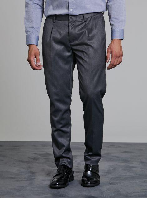 Pantaloni classici con pinces