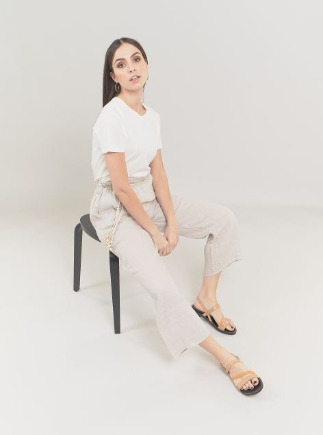 Pantaloni in lino con corda in vita