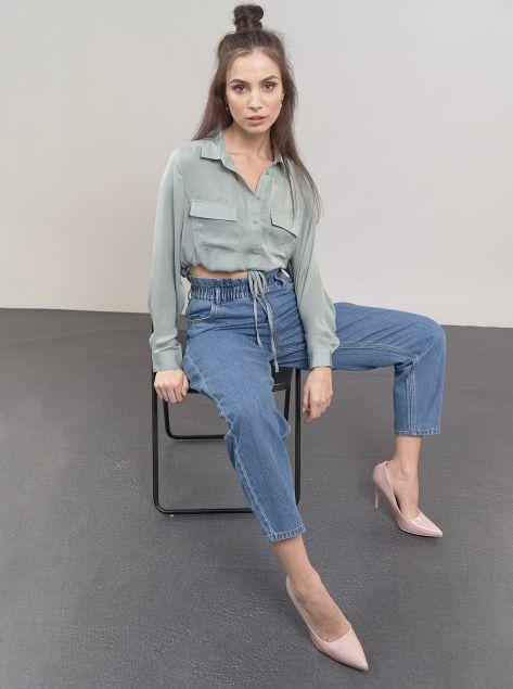 Camicia con laccetto regolabile