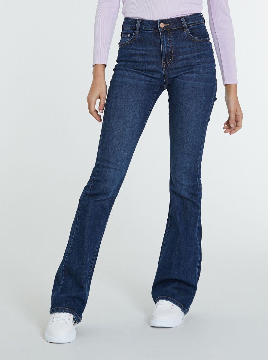 Jeans bootcut e vita alta
