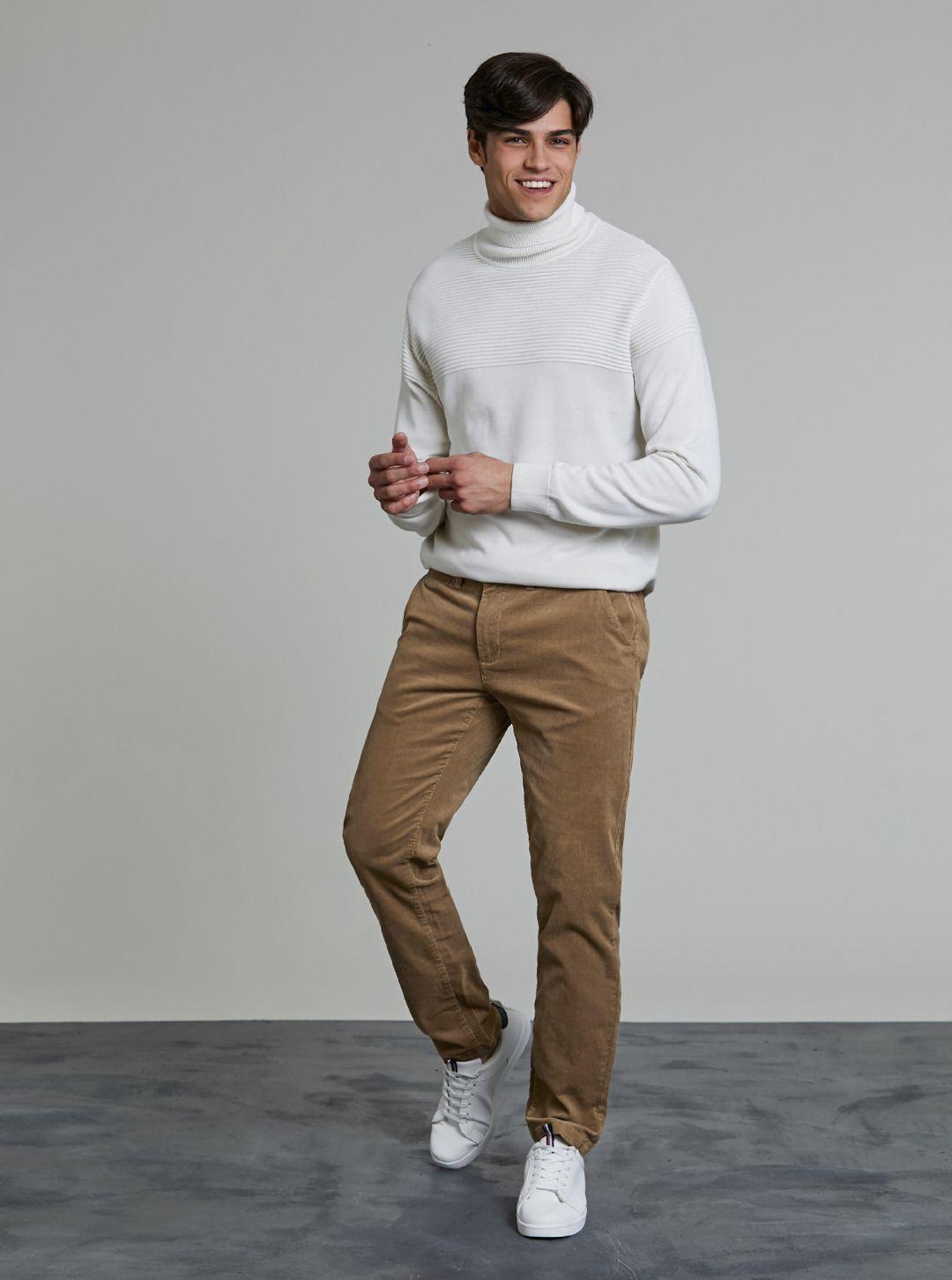 Pantaloni effetto velluto