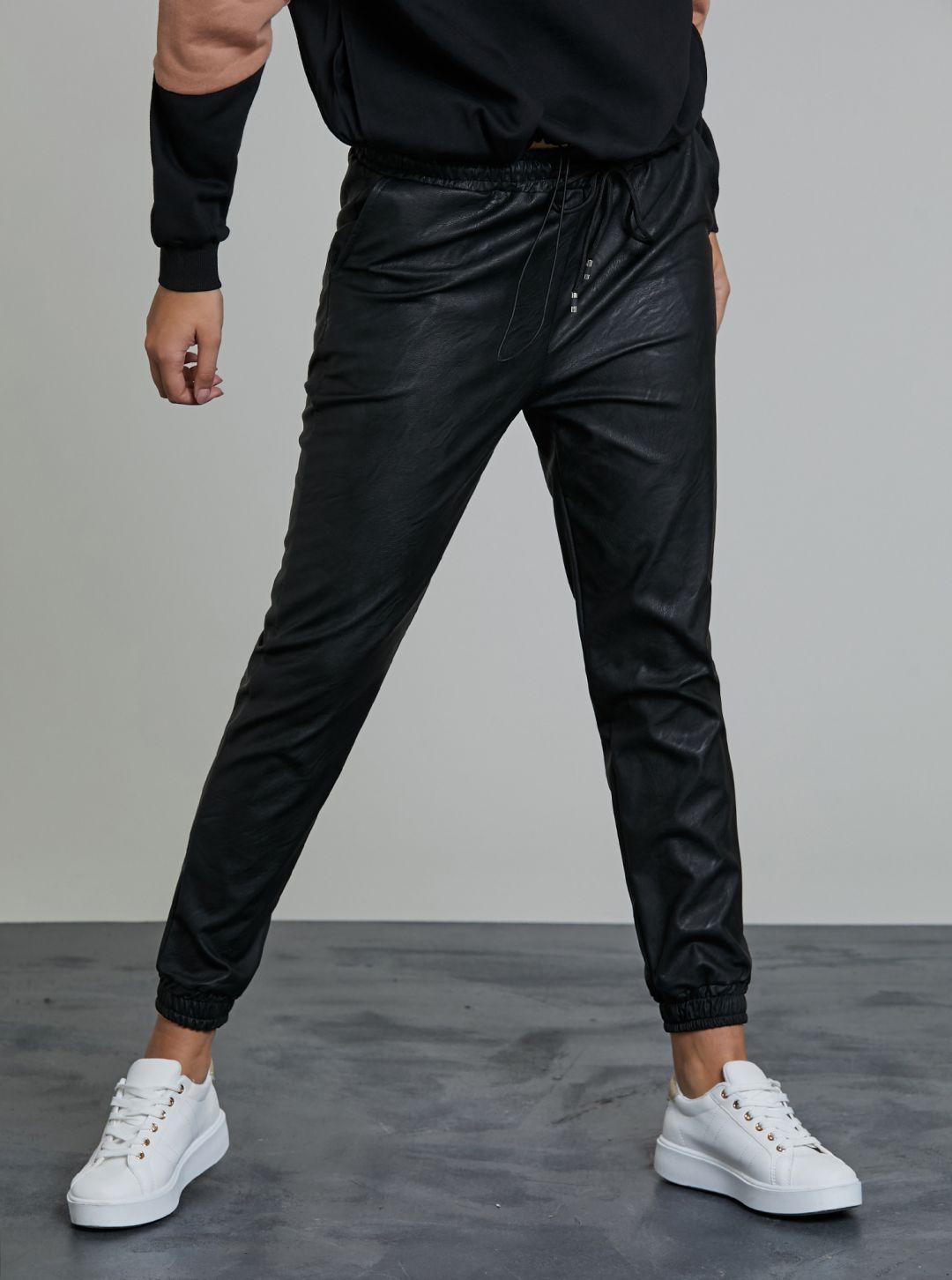 Pantaloni in ecopelle