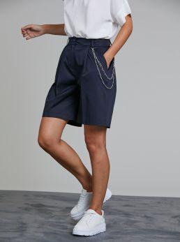 Shorts con applicazione