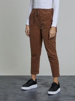 Pantaloni con laccio