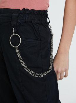 Pantaloni cargo con catena