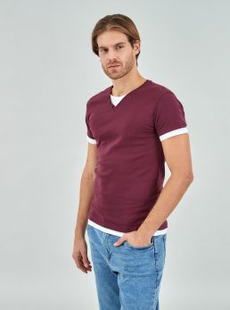 T-Shirt con bottoncini