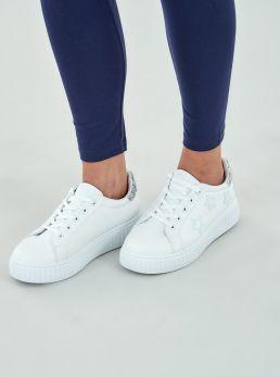 Sneakers con stelle